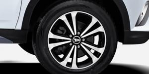 Harga dan Spesifikasi Daihatsu Terios Pekanbaru - Polished Alloy Wheel With Black Paint